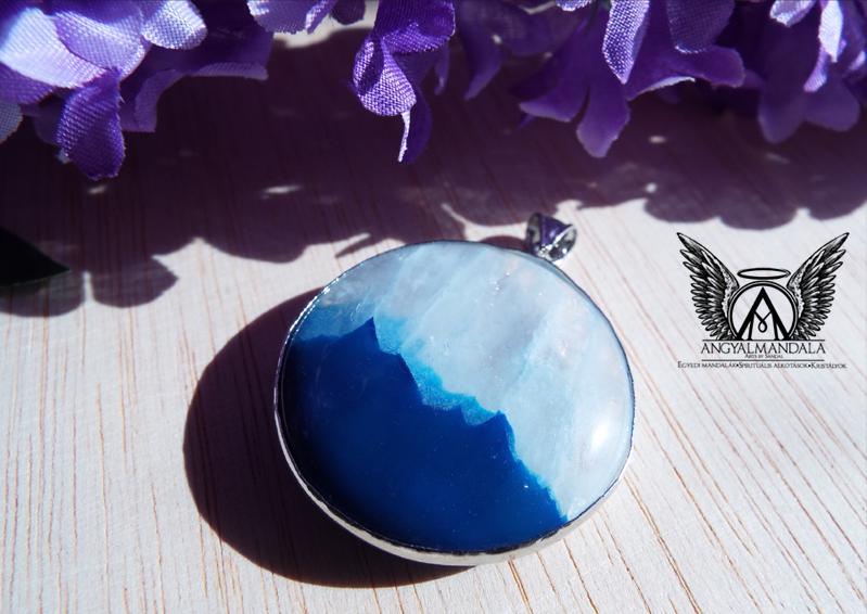 Photo of Kék hegyek – kék achát medál (nikkelmentes!)