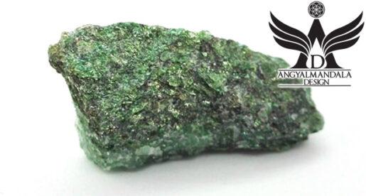 Zöld csillogás - Fuchsit ~ nyers ásvány